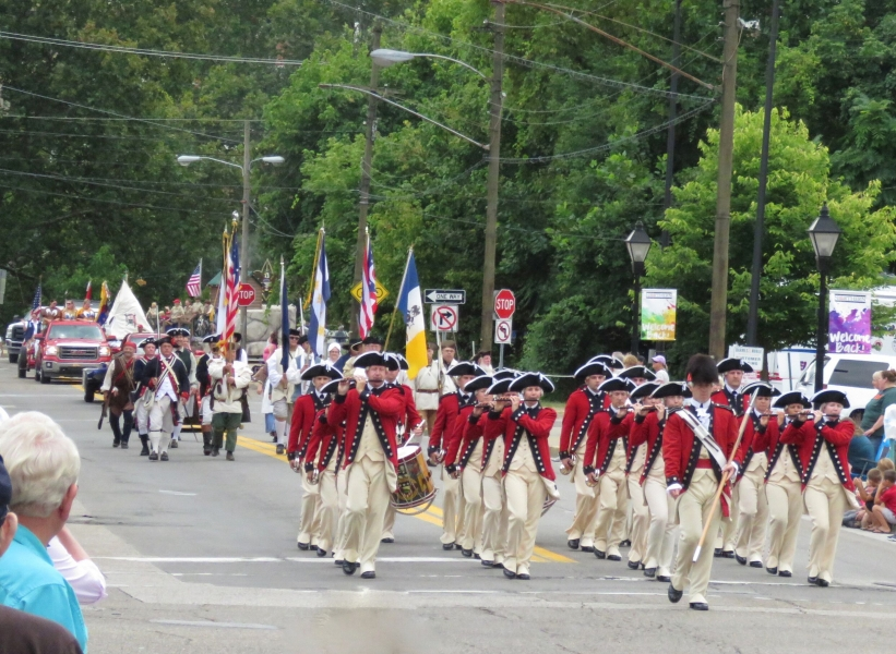 US Old Guard Fife and Drum with SAR Color Guard